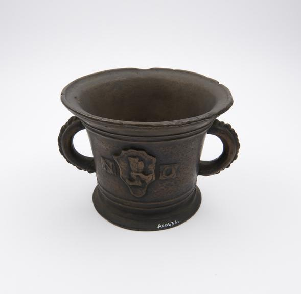 Bronze bell jar from Science museum group collection